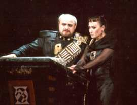 Ivan Kusnjer as Macbeth, Prague National Theatre, 2002
